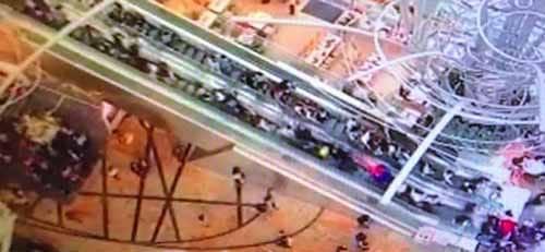 【中国】全長45メートルのエスカレーターが逆走する事故:あさチャン!【2017/03/27】