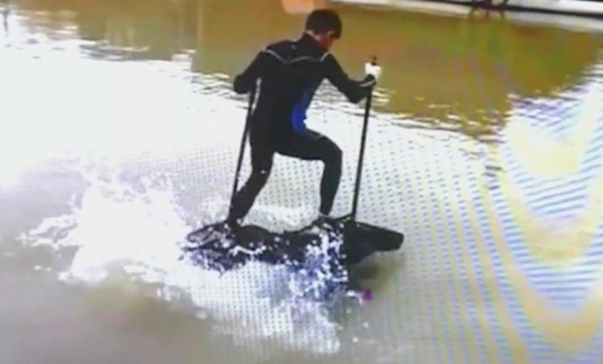 【中国】水の上を自在に歩ける!「水上歩行器」の話:ビートたけしの知らないニュース【2020/01/03】