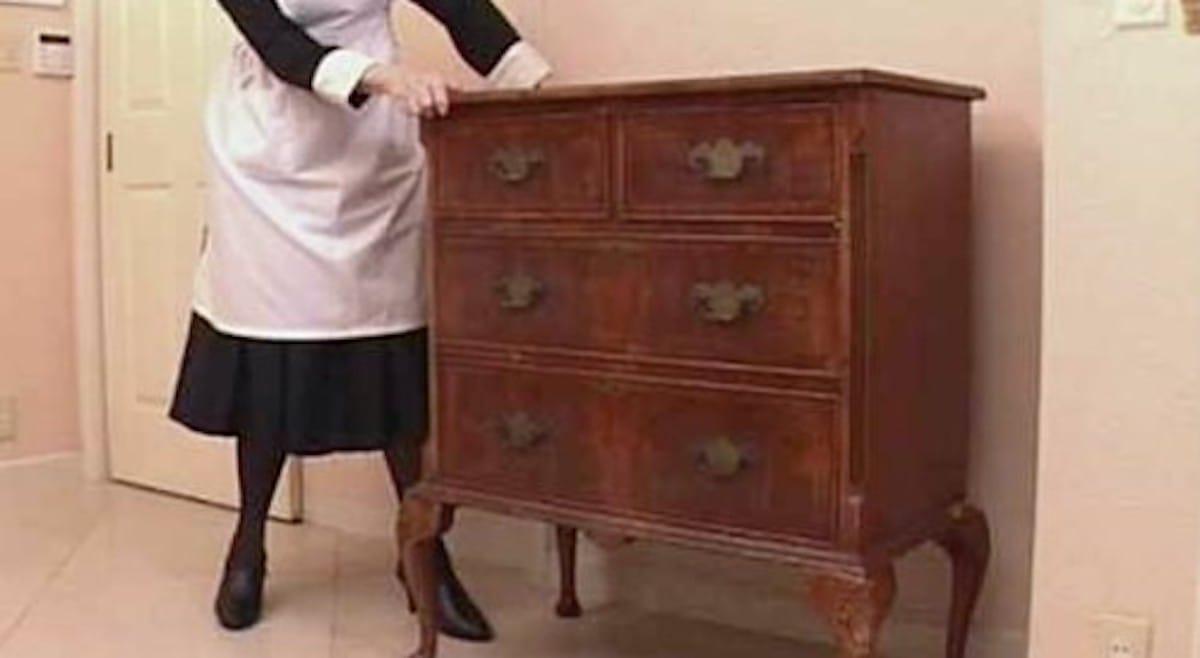 重い家具を動かす方法:ソレダメ!【2020/04/01】